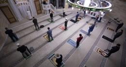 ALMANYA'DA CAMİLERDE 20 MAYIS'TAN İTİBAREN CUMA VE TERAVİH NAMAZI KILINACAK
