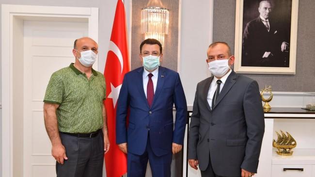 Başkan Usta Ortahisar Belediye Başkanı A.Metin Genç'i Ziyaret Etti