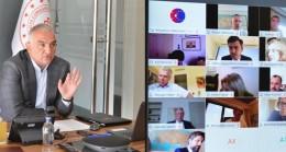 Kültür ve Turizm Bakanı Mehmet Nuri Ersoy, Güvenli Tatil Hizmetini Anlatmak Üzere Avrupa Birliği Delegasyonu Büyükelçileri ile Video Konferans Yöntemiyle bir Araya Geldi.