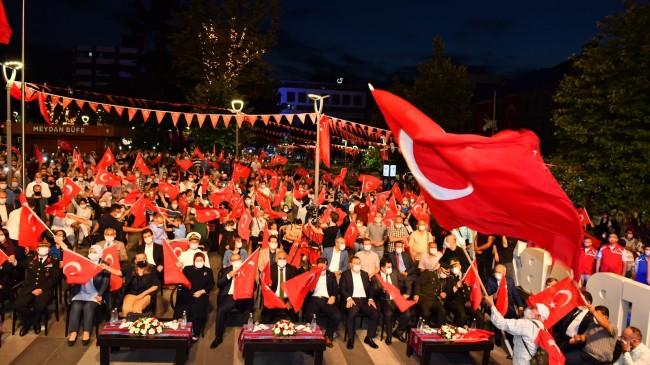 """""""BU ŞEHRİN EVLADI OLMAKTAN GURUR DUYUYORUM"""""""
