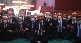 Ayasofya, 86 yıl Sonra Kılınan Cuma Namazıyla Birlikte İbadete Açıldı