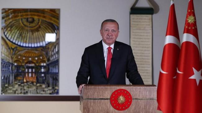 Cumhurbaşkanı Erdoğan: 24 Temmuz Cuma günü, Cuma Namazıyla Birlikte Ayasofya'yı İbadete Açmayı Planlıyoruz