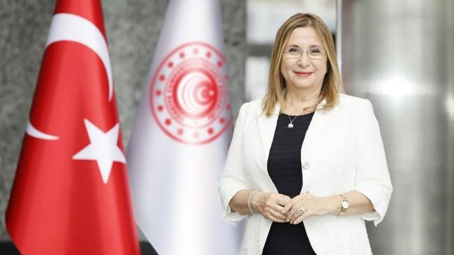 """Bakan Pekcan """"Türkiye'de Kooperatifçilik ve Kadın Kooperatifleri Paneli"""" ne Katıldı"""