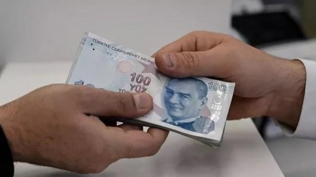 Ünlü profesör uyardı: 'Halk kredi batağında, durum daha da vahim'