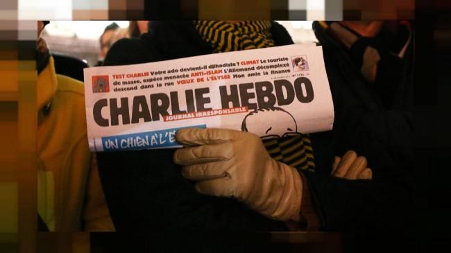 """""""Charlie Hebdo"""" Hakaretlerine Devam Ediyor"""