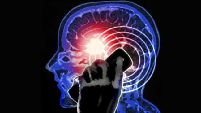 Baş ağrısı, bulantı ve kusma beyin tümörü habercisi olabilir