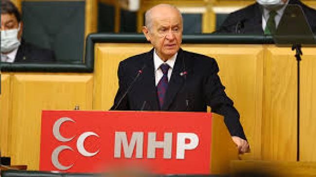 Biz Türkiye'yiz, Biz Büyük Türk milletiyiz, Bu Karanlık Geceden de İnşallah Güçlenerek Çıkacağız.