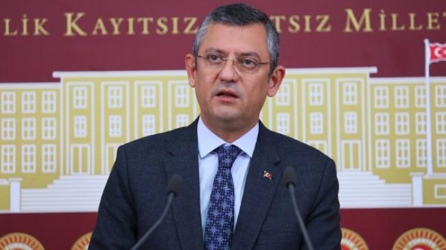 """Özgür Özel, """"AKP'Reform yapacağız' diyorsa biz CHP olarak buradayız."""""""