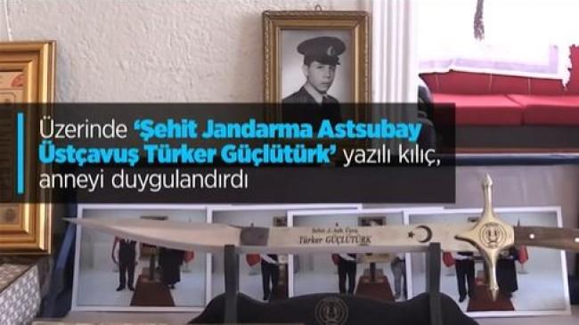 Şehit Annesine 29 Yıl Sonra Gönderilen Kılıç Gururlandırdı