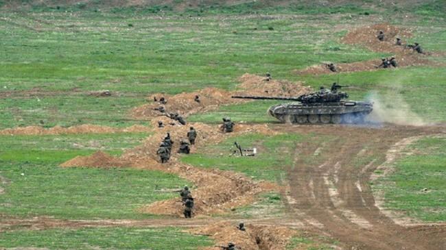 Dağlık Karabağdan Kaçan Bir Ermeni Ordusu Değil….
