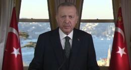 """Cumhurbaşkanı : """"Türkiye'yi yatırımcılar nezdinde riski az, güveni yüksek bir cazibe merkezi hâline getirmekte kararlıyız"""""""